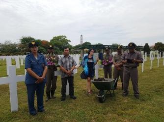 Dag 16 In Surabaya Onbereikbaar En Toch Dichtbij
